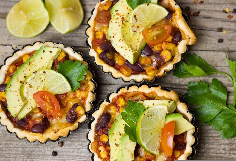 mexican pies beans avo lime -1935154_960_720.jpg